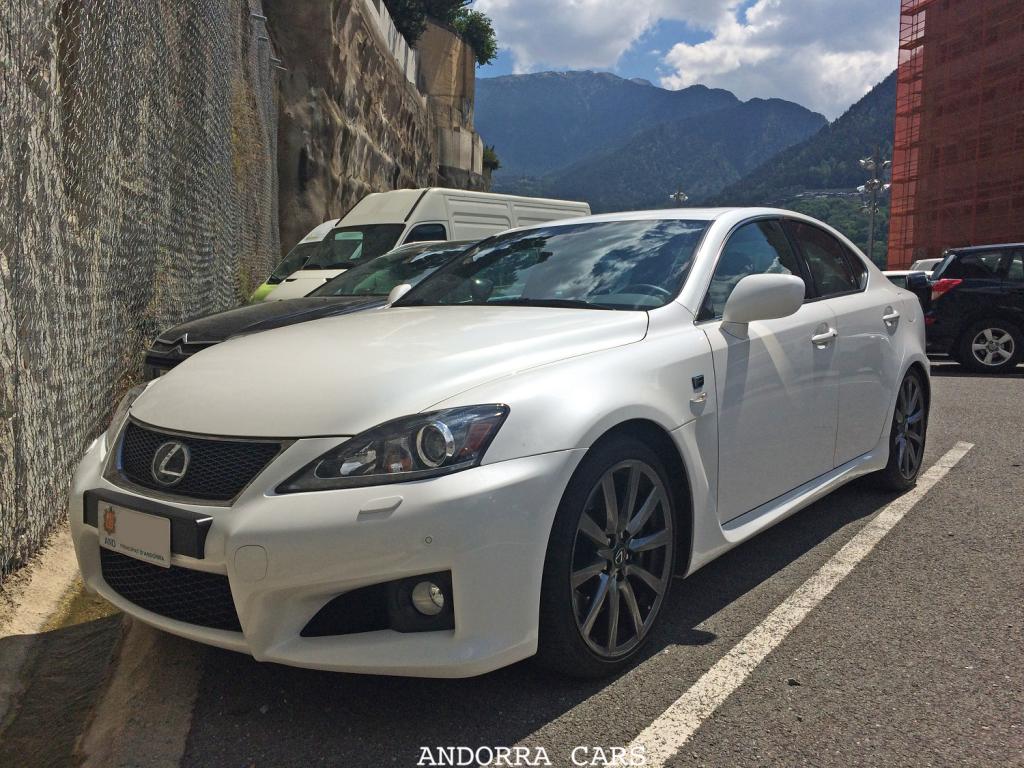 Lexus IS-F. Version blanche