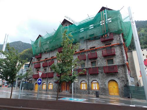 valira-hotel-reconstruction