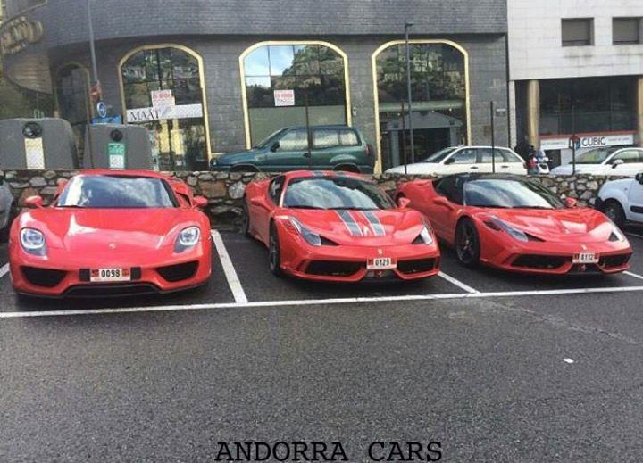 PORSCHE 918, FERRARI 458 Speciale, red colour