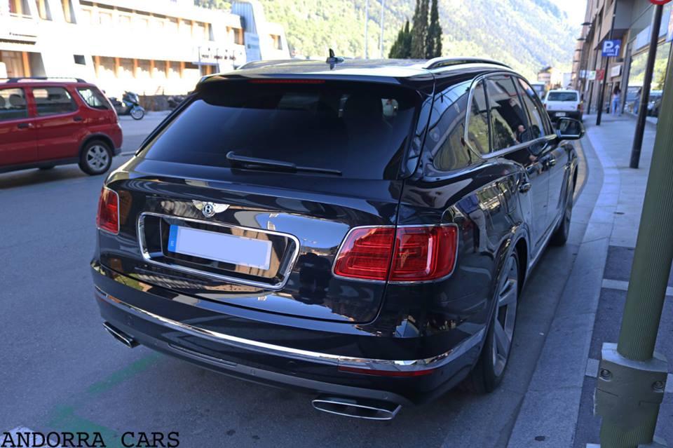 Bentley_Bentayga_600-cv