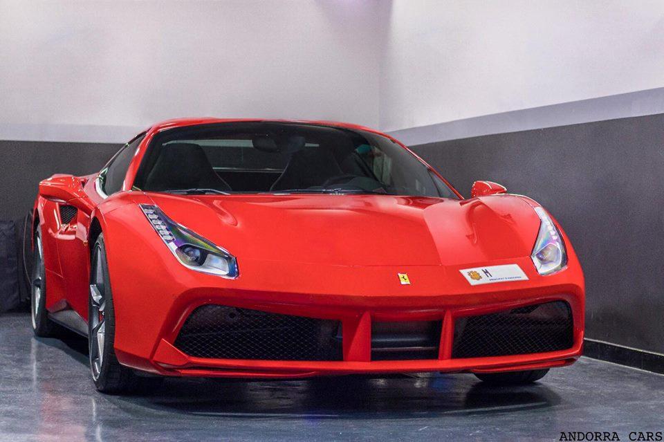 Ferrari 488 Spider red