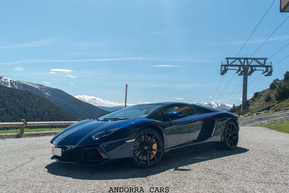Lamborghini Aventador LP700-4 Roadster avec 700 CH