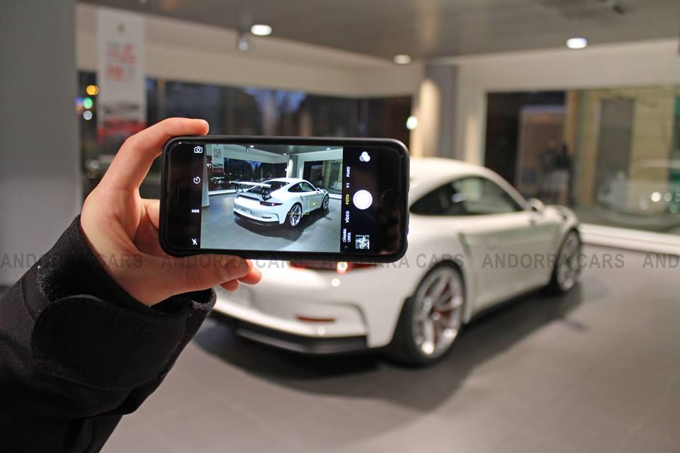 Porsche 991 GT3 RS mobile version