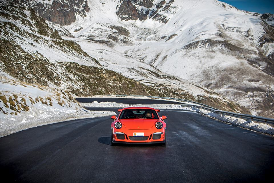 mountains porsche