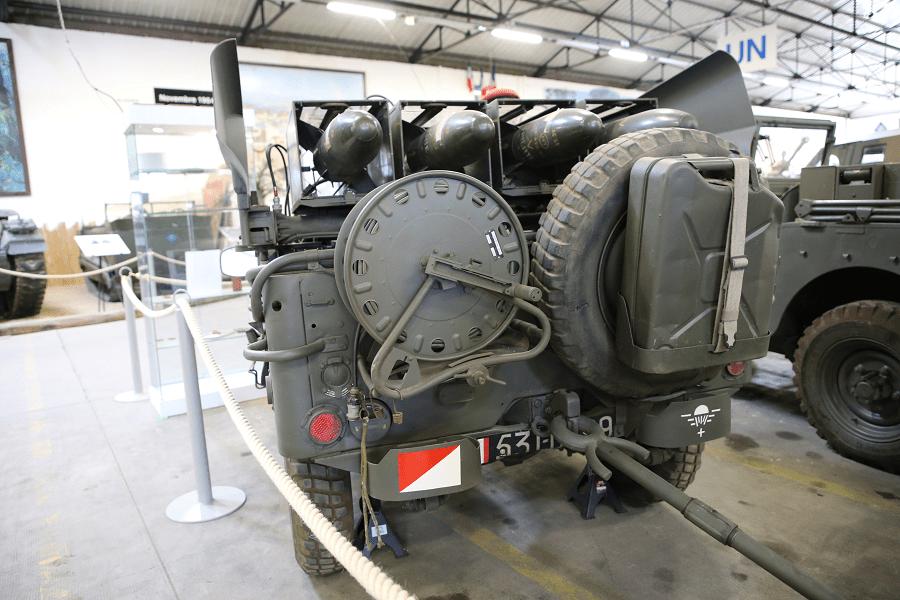 ENTAC MGM-32A - французская противотанковая ракетная установка MCLOS на базе армейского джипа Hotchkiss M201