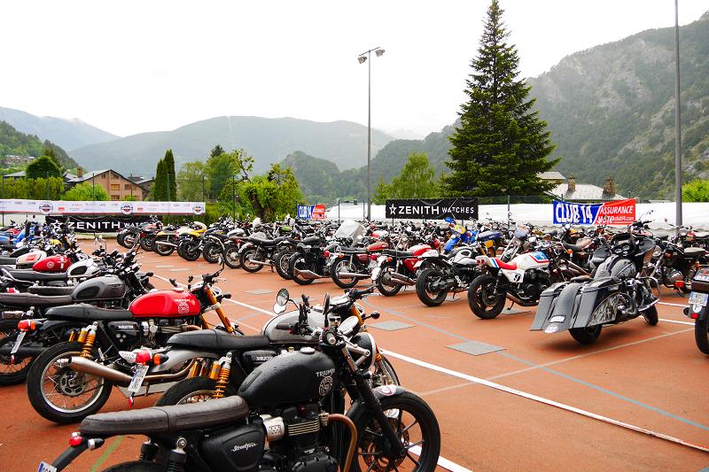 ZENITH Parking: Motorcycles • ALL ANDORRA