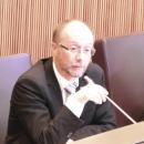 Правительству Андорры необходимо вновь менять закон в соответствии с нынешней экономической и социальной ситуациями, считает генеральный советник SDP смешанной парламентской группы Виктор Науди Замора