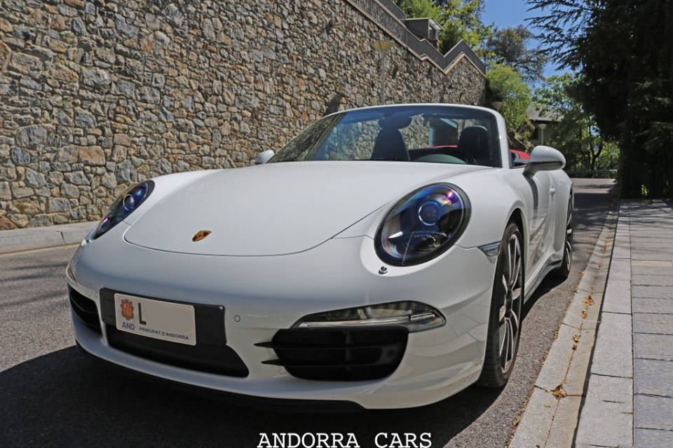 Porsche 991 Carrera 4S Cabriolet. Version blanche