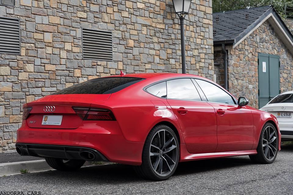 Audi RS7 Sportback Performance. Version rouge avec 605 CH