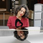 """""""L'une de mes sources d'inspiration est le sport – il me donne une force mentale"""", explique la pianiste Khatia Buniatishvili"""