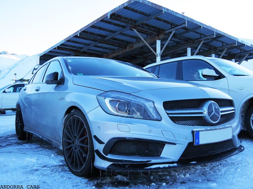 Mercedes-Benz A45 AMG. Version blanche