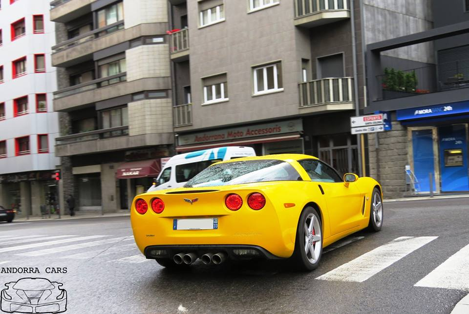 Chevrolet Corvette ZR 1: Yellow Targa • ALL ANDORRA
