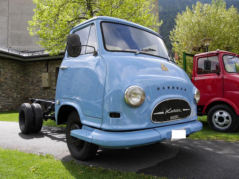 German trucks: Hanomag Kurier: blue transporter from 1958