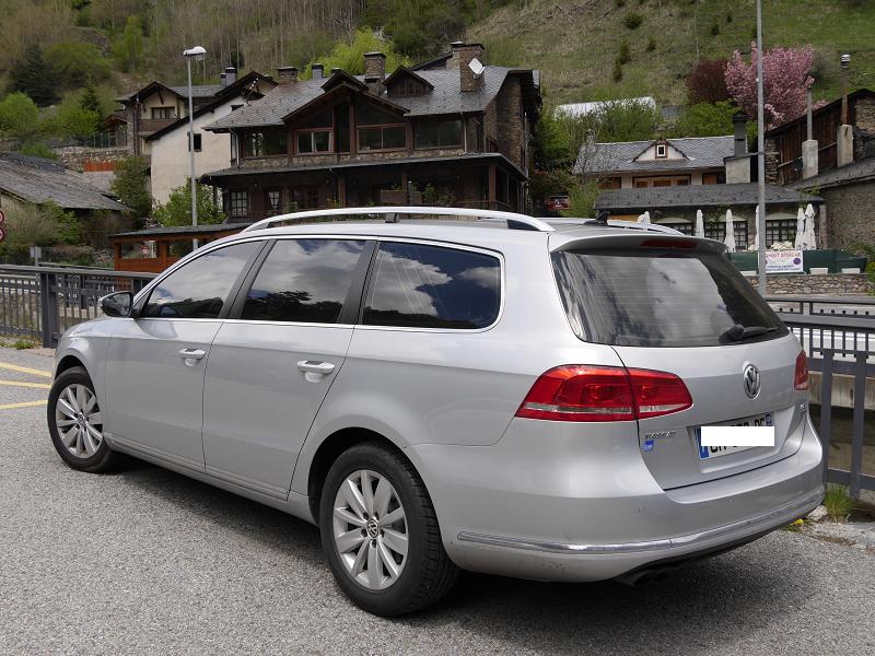 Volkswagen Passat Variant Mobile B7. Version grise de 2011 ...