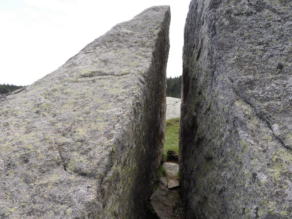 Ciudad de mas de 10 mil años oculta en Montserrat (Con Diego e Ivan) - Página 5 Stones