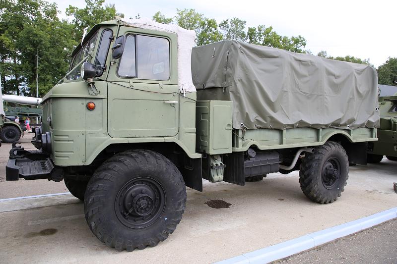 """GAZ 66 """"Shishiga"""" : meilleur camion Soviétique"""