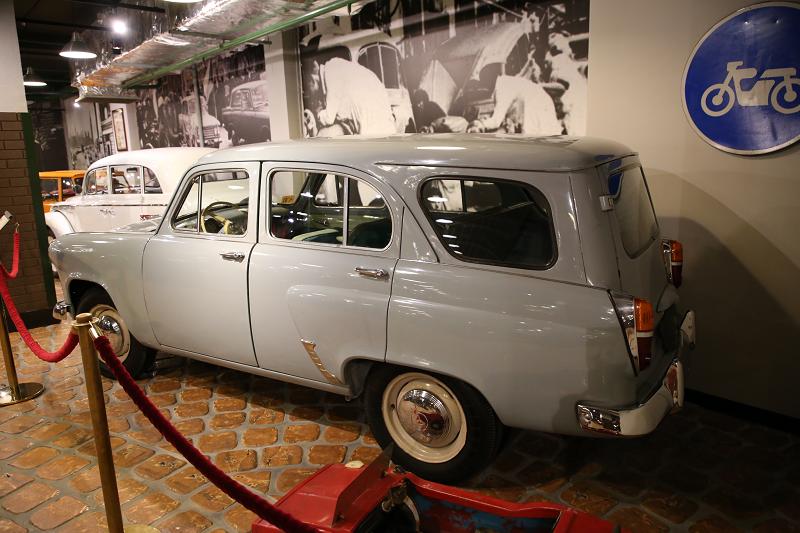 Moskvich 423 N_wagon Soviétique_URSS