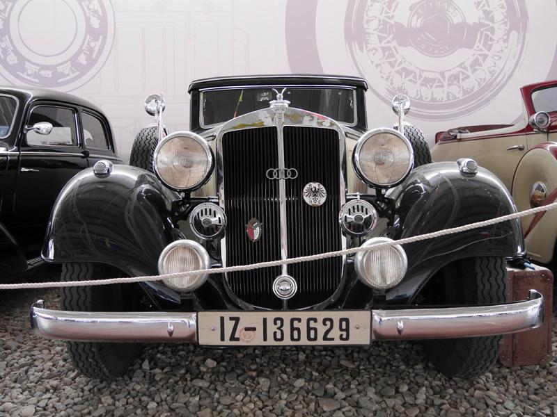Horch 830 BK : voiture ancienne