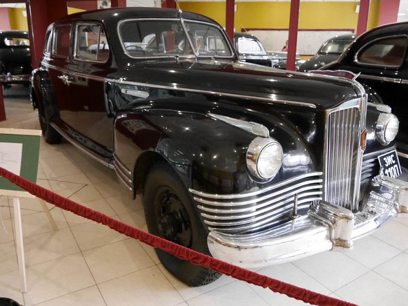 Luxury Cars Of The Ussr Zis 110 P Engine 6 L All Wheel Drive Made In 1949 Zil Museum Moscow
