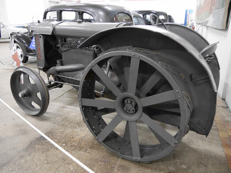 Fordzon : tracteur Américain. Version grise