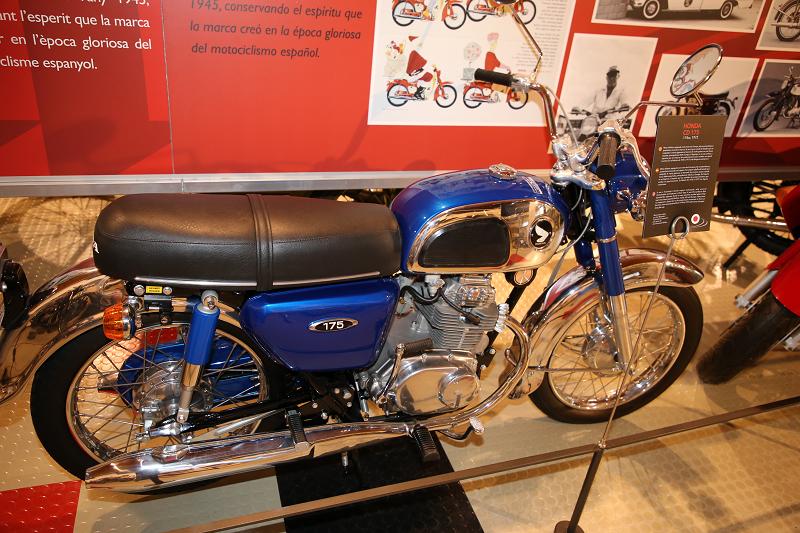 Vintage Motorcycles: Honda CD 175, 174 Cc (1973) • ALL ANDORRA