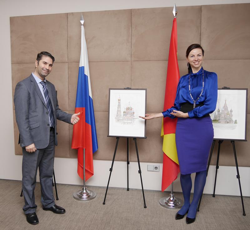 Центр культуры России в Мадриде выставка художника Жоана Манье