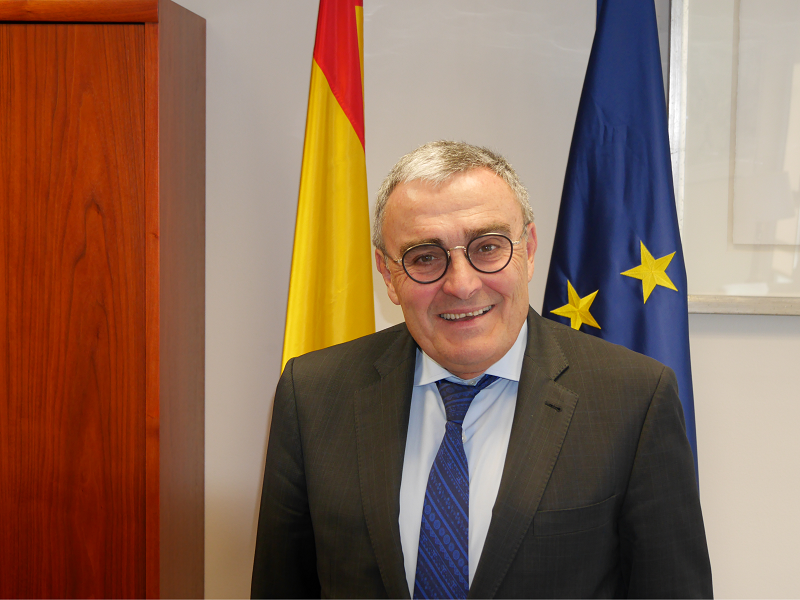 The airport of Andorra-La Seu d'Urgell will facilitate access to Andorra from other countries such as the UK and Scandinavian countries, saidthe Ambassador of Spain in the Principality of Andorra, Ángel Ros Domingo