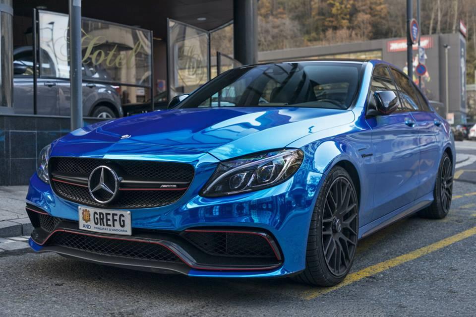 Mercedes-Benz C63S AMG : couleur bleu