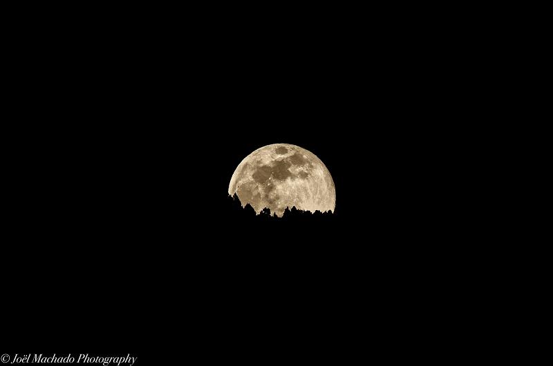 луна над андоррой