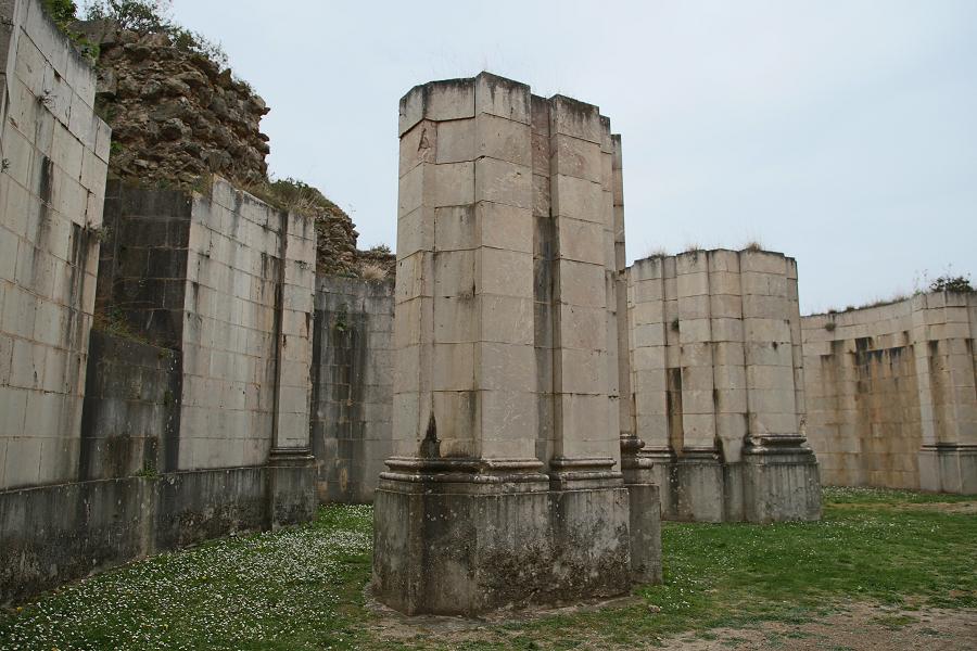 Замок Сан-Ферран_достопримечательности