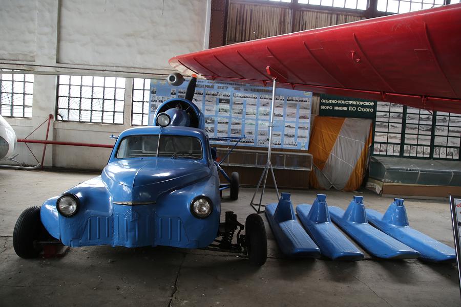 North-II : motoneige Soviétique. Version bleu clair
