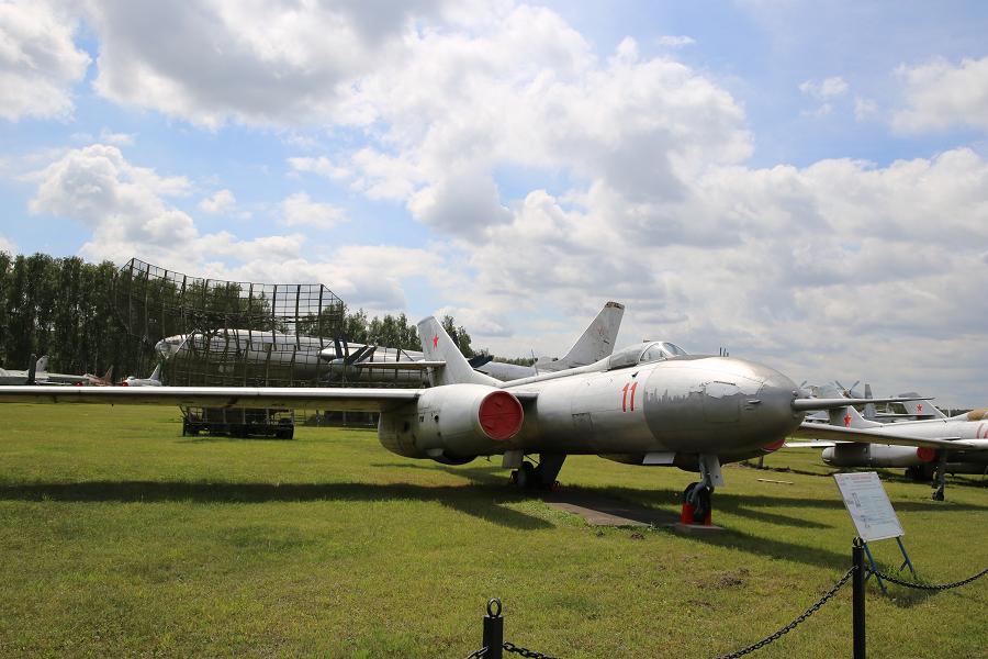 Yak 25R. A Soviet Reconnaissance Aircraft From 1959 • ALL