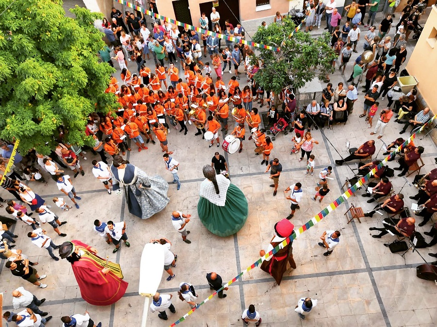 La Coromina Festival, Catalonia: Jazz, Theater, Witch Show and Joan Garrigue Concert