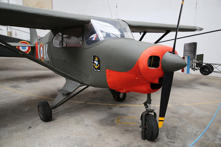 Piper PA 22 Tri-pacer. Avion d'après Seconde Guerre mondiale