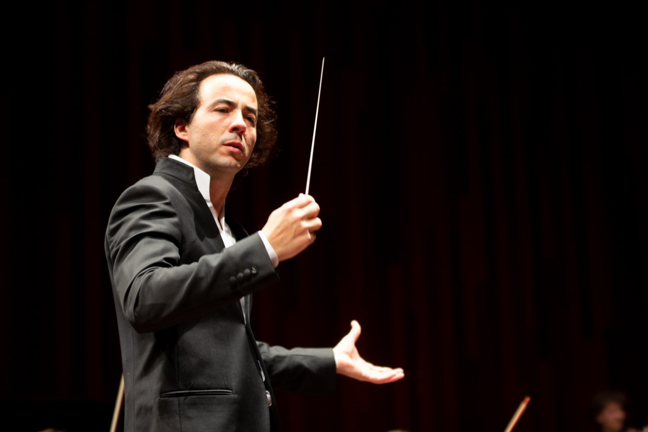 I try to make a musician feel what I feel, said artistic and music director of the Jove Orquestra Simfònica de Barcelona