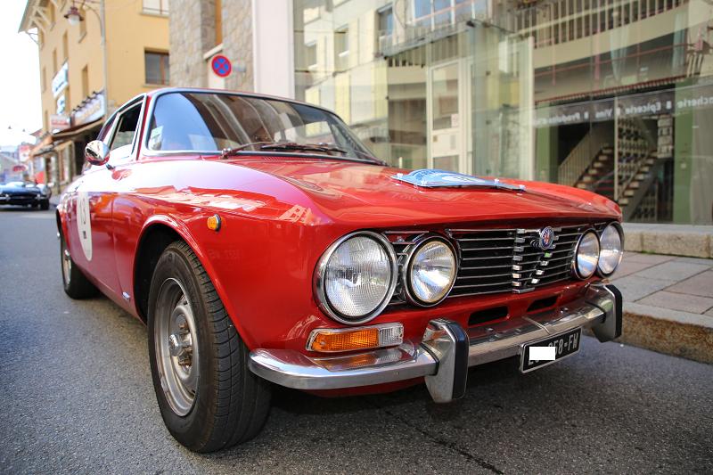 Alfa Romeo 2000. Version rouge. Rallye de Font-Romeu