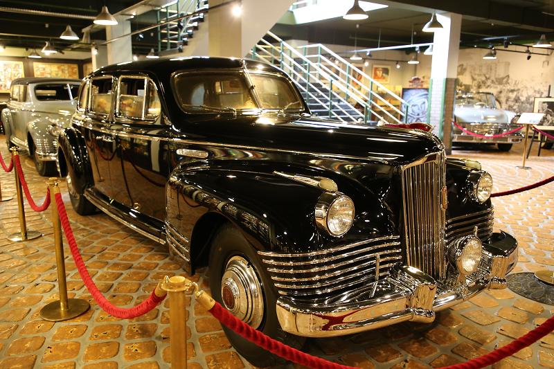Voitures rares : ZIS 115. La voiture blindée de Joseph Staline. Une seule copie faite
