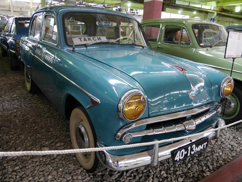 Moskvich 407 : voiture Soviétique de taxi
