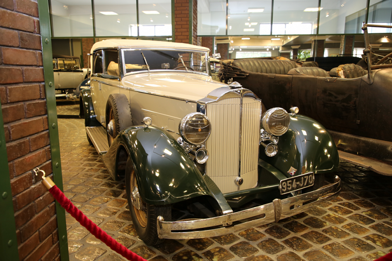 Packard Eight : voiture ancienne
