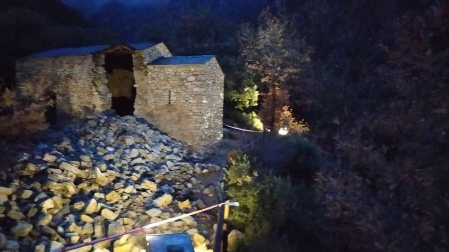 Колокольня Андорры Сан-Висенс-д'Энклар пострадала от неблагоприятных погодных условий