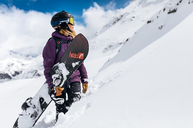 La légende Catalane du snowboard Núria Castan recoit une invitation pour le FWT20