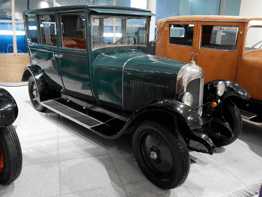Citroën B Conduite intérieure. El primer cotxe europeu amb una carrosseria de metall complet