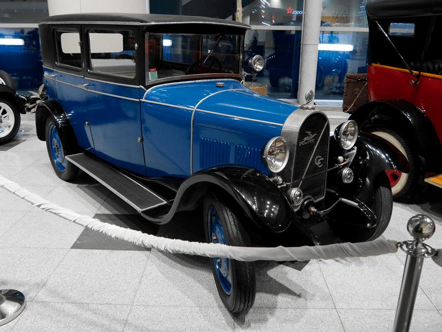 Michel Irat CB1. Color blau del 1929. Fabricat a França