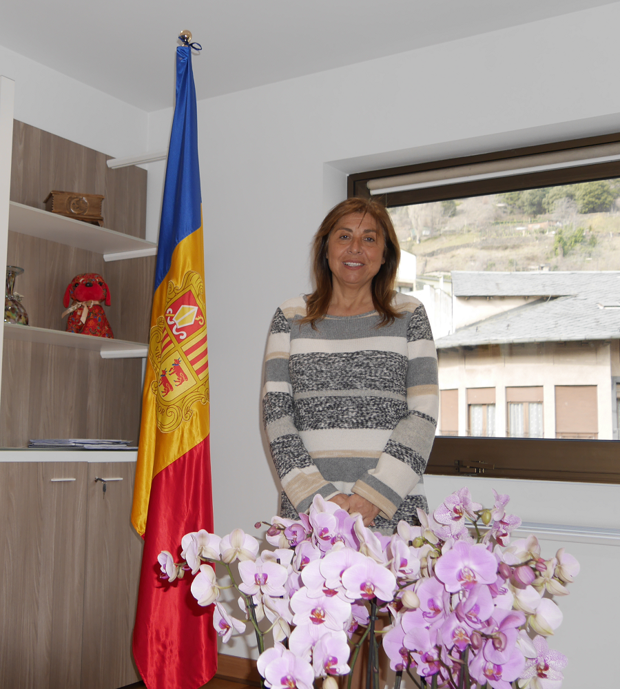 Bureaucracy seriously limits the inflow of foreign capital into Andorra, said the mayor of the capital of Andorra, Conxita Marsol