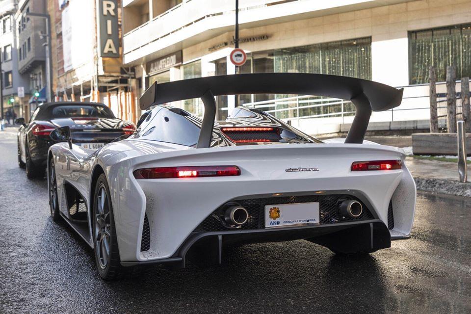Dallara Stradale. Version blanche