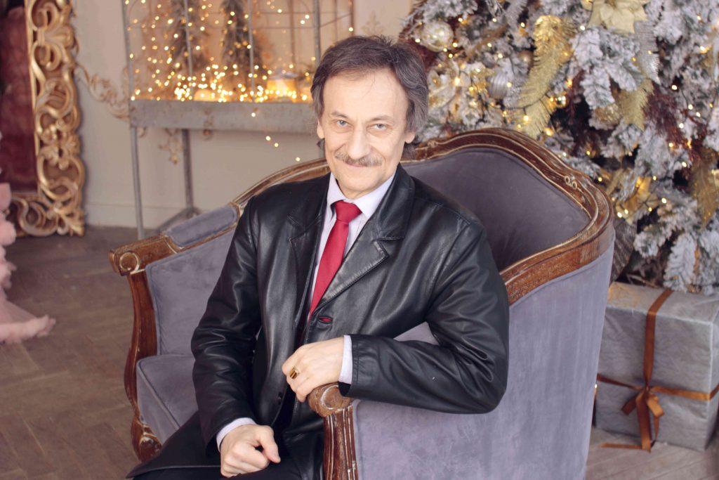 Alexander Saveliev: La diferència entre viure i ser una cosa inanimada s'estableix objectivament