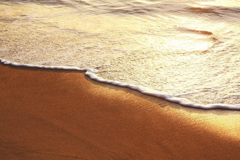 Биарриц открывает пляжи с 6 до 19 часов