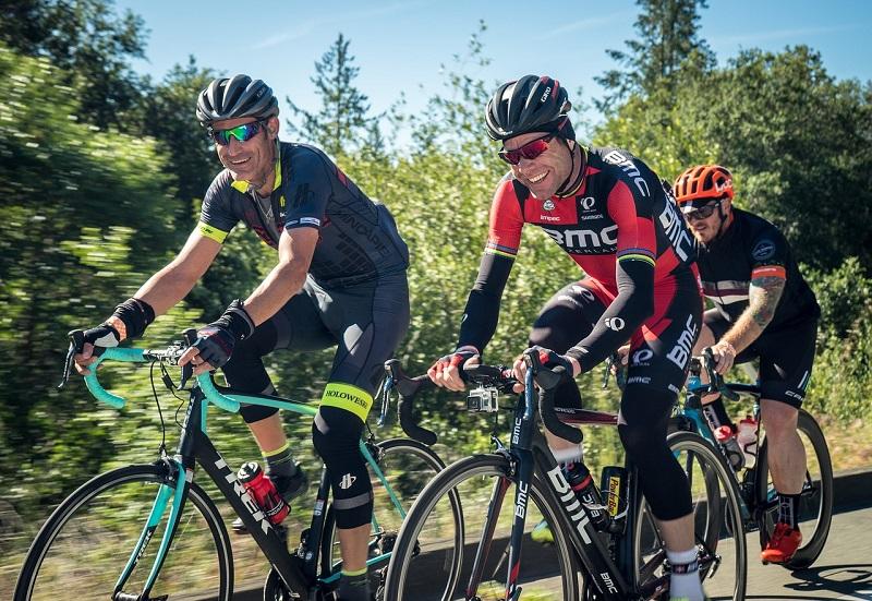 Групповой велоспорт пока по-прежнему не рекомендуется из-за кризиса коронавируса