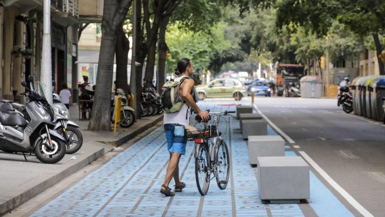 Муниципальные инвестиции для увеличения пространства для пешеходов и велосипедистов Барселоны составят 2,17 миллиона евро
