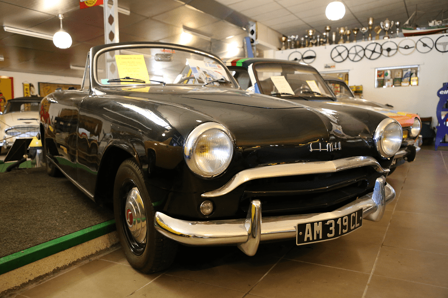 Simca Week-End 1954 года. Черная версия_перед